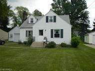 3279 Hermosa Dr Youngstown OH, 44511