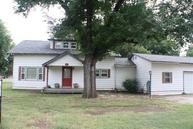 910 10th Perry OK, 73077