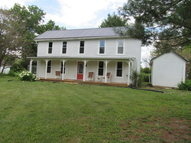 2715 White Lick Road Paint Lick KY, 40461