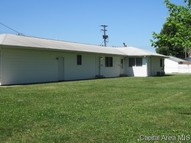409 N White Ave Taylorville IL, 62568