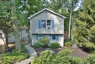 32 Lakeside Trl Butler NJ, 07405