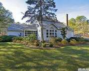 2953 Quogue Riverhead Rd Quogue NY, 11959