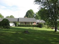 154 S New Thompson Lake Rd. Carbondale IL, 62901