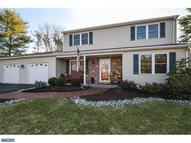 2697 Woodstream Dr Hatfield PA, 19440