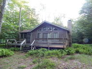 65 Mildred Dr Gouldsboro PA, 18424