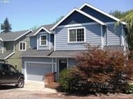 596 S 12th St Saint Helens OR, 97051