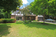 215 Traders Point Green Bay WI, 54302