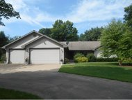 E9695 Country View Ln New London WI, 54961