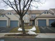 21 Raintree Dr Hamilton NJ, 08690