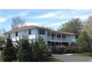 331 Hillcrest Ave Somerset NJ, 08873