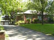 2844 Halifax Dr Indianapolis IN, 46222