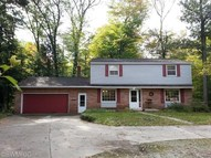 107 West Beech St Fruitport MI, 49415
