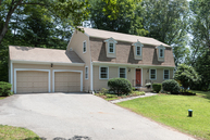 27 Overbrook Rd Madison CT, 06443