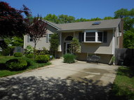 1 Clearview Ave Selden NY, 11784