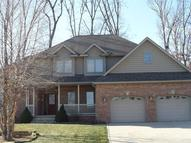 895 Quinlan Ct Crown Point IN, 46307