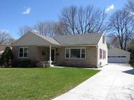 239 S Silverbrook Dr West Bend WI, 53095