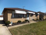 4821 Bentwood Dr Brooklyn OH, 44144
