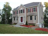 33 Lawrence Rd Derry NH, 03038