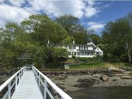 16 Old Ferry Ln Kittery ME, 03904