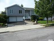 2952 Hampton Ct Wantagh NY, 11793