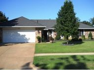 908 Claremont Weatherford OK, 73096