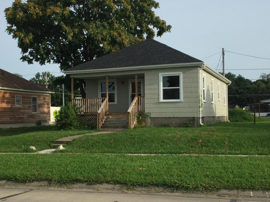 456 W Front St Slater MO, 65349