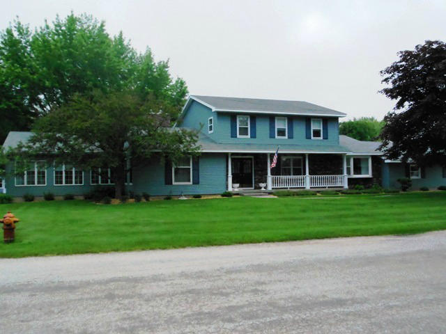 3412 17th Street Menominee MI, 49858