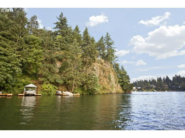 2025 Cedar Ct Lake Oswego OR, 97034